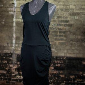 Carrie Underwood Black Body Contouring Dress